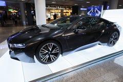 Foto av den svarta bilen för innovation för BMW serie i8 Royaltyfri Foto