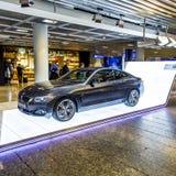 Foto av den svarta bilen för innovation för BMW serie i4 Arkivfoton