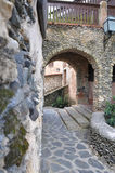 Foto av en båge av stenen i den gamla fjärdedelen från Spanien Royaltyfria Foton