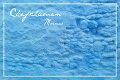 Foto av en traditionell blå vägg av Chefchaouen Vykort från Marocko Arkivfoton