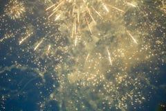Foto av fyrverkerier för ` s för nytt år i himmel Royaltyfri Bild