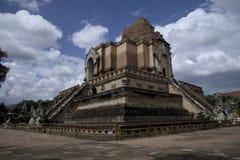 Foto av Wat Chedi Luang i Chiang Mai Thailand Arkivfoton