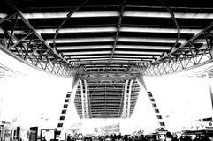 Foto blanco y negro, la sala de exposiciones m?s grande del mundo, edificio, centro de exposici?n internacional de Guangzhou Pazh imagen de archivo libre de regalías