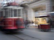 Foto borrosa de la tranvía de Beyoglu en Estambul Fotografía de archivo