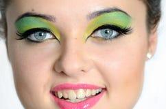 Foto cercana de la cara con maquillaje Imágenes de archivo libres de regalías