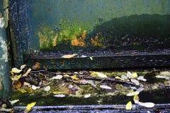 Foto a colori di una porta arrugginita del ferro Fotografia Stock Libera da Diritti