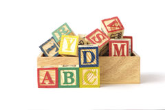 Foto común: ABC redacta escrito en dos dados de madera Imagen de archivo libre de regalías