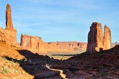 Foto común de la formación de roca roja, parque nacional de los arcos fotografía de archivo