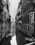 Foto común del canal en Venecia Imagen de archivo libre de regalías