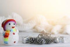 Foto común: Feliz Navidad y evento de la Feliz Año Nuevo en la madera Imagen de archivo libre de regalías