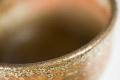 Foto conservada em estoque de uma bacia cerâmica imagens de stock