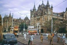 Foto d'annata circa 1962, edificio di Victoria Terminus, Bombay, India fotografia stock