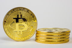 Foto da moeda virtual dourada da moeda de Bitcoin Foto de Stock