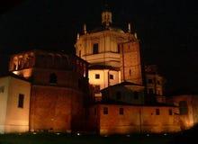 Foto da noite da cidade de Milão em Itália Fotos de Stock Royalty Free