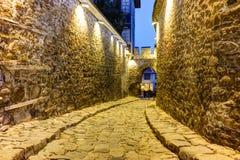 Foto da noite da entrada antiga da fortaleza da cidade velha da cidade de Plovdiv, Bulgária Imagem de Stock
