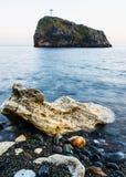 Foto da paisagem das rochas no mar Fotografia de Stock Royalty Free