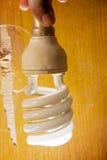 Foto de la lámpara de la energía a mano fotografía de archivo