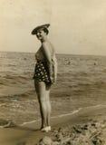 Foto de la vendimia de la mujer fotografía de archivo