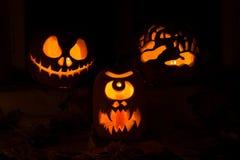 Foto de tres calabazas para Halloween Imagenes de archivo