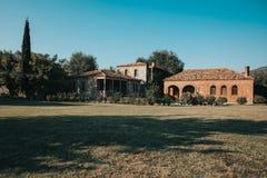 Foto de uma casa de campo fotos de stock royalty free