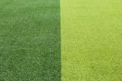 Foto de un campo de deportes sintético verde de la hierba Imágenes de archivo libres de regalías