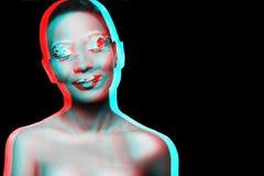 Foto de un modelo de la chica joven con una mirada africana Fotografía de archivo