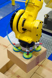 Robot del almacenamiento foto de archivo