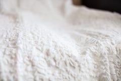 Foto dei cracelures sul vestito da sposa Immagini Stock Libere da Diritti