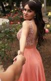 Foto del álbum de la boda Novia hermosa fotografía de archivo libre de regalías