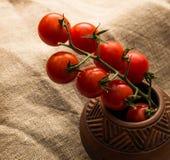 foto del grupo de los tomates de la Cereza-cereza Fotos de archivo libres de regalías