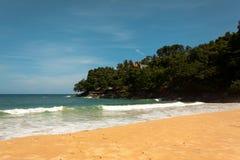 Foto del paisaje de la playa tranquila de la isla Fotografía de archivo