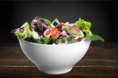 Foto del primo piano di insalata fresca con le verdure dentro Fotografie Stock