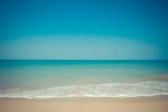 Foto del proceso de fondo de la playa de la naturaleza con estilo del vintage Imagen de archivo libre de regalías
