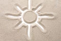 Foto del sol pintado en el arenoso fotos de archivo libres de regalías
