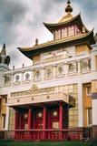 Foto del templo del bhuddhist - domicilio de oro del khurul del Buda Shakyamuni imagenes de archivo