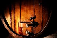 Foto del tino di legno storico del vino Fotografia Stock
