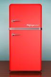 Foto del viejo estilo Refrigerador retro foto de archivo libre de regalías