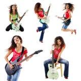 Foto dell'accumulazione di una donna sveglia del chitarrista immagini stock libere da diritti