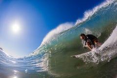 Foto dell'acqua dell'onda del surfista Fotografie Stock