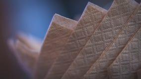 Foto della bocca della strofinata del tovagliolo del tessuto di Brown fotografie stock libere da diritti