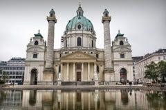 Foto della cattedrale della st Charles a Vienna, Austria fotografia stock