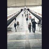 Foto della gente della metropolitana di Kiev vecchie immagini stock
