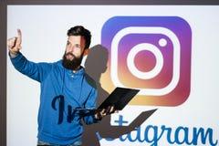 Foto della rete sociale di Instagram che divide online fotografia stock libera da diritti
