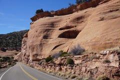 Foto della strada alle montagne di MESA in Colorado Fotografie Stock