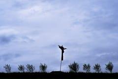 Foto dello spaventapasseri nel campo in Indonesia Fotografia Stock