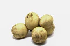 Foto dello studio della frutta tropicale di Longkong Mazzo di bacca di Longkong isolato fotografia stock libera da diritti