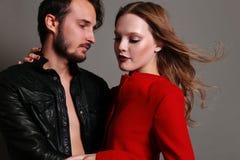 Foto dello studio di modo di belle coppie sexy Immagine Stock