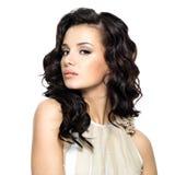 Foto der jungen Frau mit dem langen Haar der Schönheit. Lizenzfreie Stockbilder