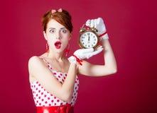 Foto der schönen jungen Frau in der Weinlese punktierte Kleid mit Alar Lizenzfreies Stockbild