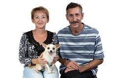 Foto des alten Mannes und der Frau mit Hund Stockfoto